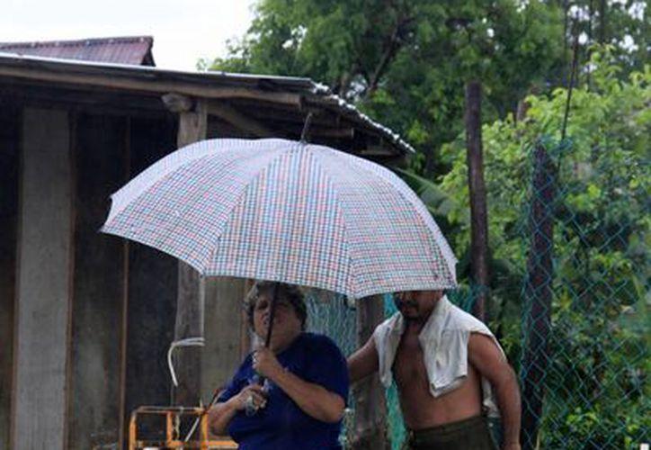 El fenómeno provoca lluvias arriba de lo normal. (Harold Alcocer/SIPSE)