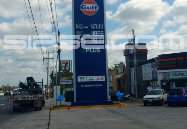 Gulf planea abrir una tercera estación en la capital yucateca. (Fotos: Candelario Robles y Jorge Acosta/ SIPSE)