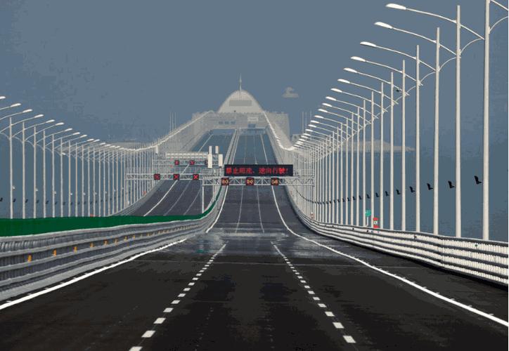 """El puente, considerado como una """"maravilla de la ingeniería"""", está hecho de 420 mil toneladas de acero. Foto: AP"""