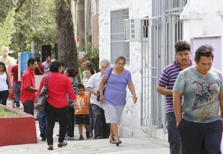 Esperan que el crecimiento de la población de Quintana Roo sea de un 7%. (Harold Alcocer/SIPSE)