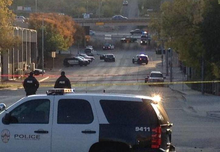Este viernes, la policía mató a un hombre que disparó contra el consulado mexicano en Austin, Texas, y contra otros edificios. (Agencias)
