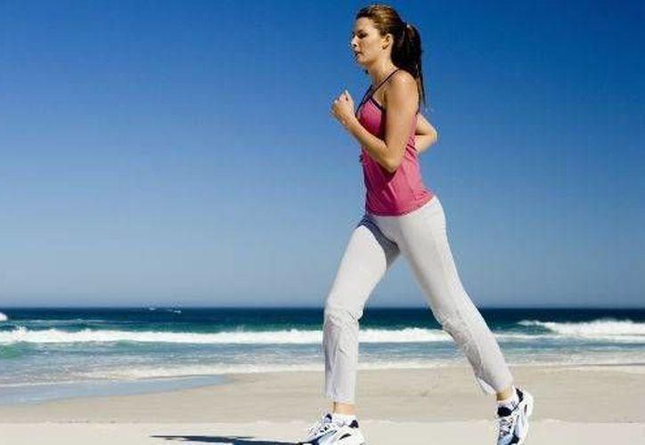 Mantenerse activo, ayuda a reactivar el metabolismo. (Contexto/Internet)