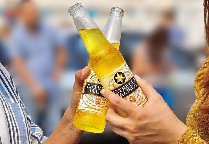 La cerveza mexicana Estrella Jalisco se presentó en EU con una campaña de mercadotecnia con el nombre de 'Esto es mexicanidad'. (Facebook Estrella Jalisco)
