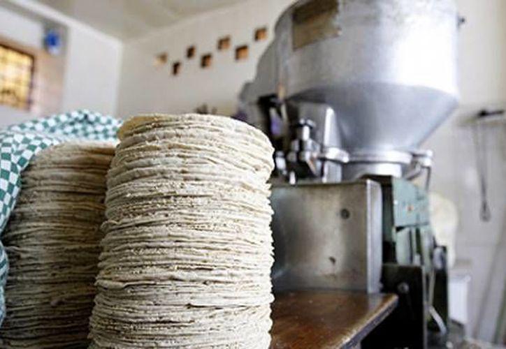 La industria de la masa y la tortilla, no resulta un negocio redituable hoy en día. (Foto de Contexto/Internet)