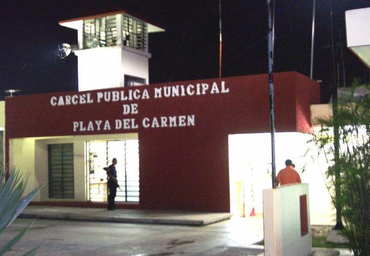 Instalan varios filtros de acceso en la cárcel de Playa del Carmen. (Adrián Barreto/SIPSE)
