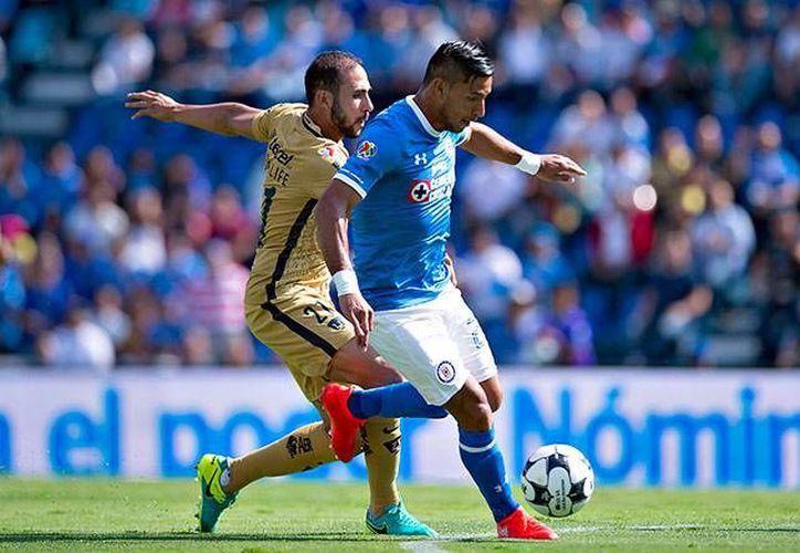 Para el olvido el juego entre Pumas y Cruz Azul de esta jornada dos. (Mexsport)