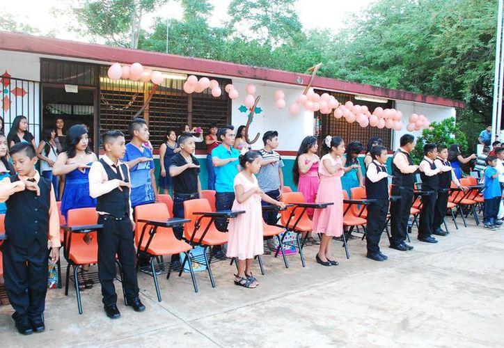 El director del plantel dijo que varios niños han destacado en diferentes disciplinas. (Carlos Castillo/ SIPSE)