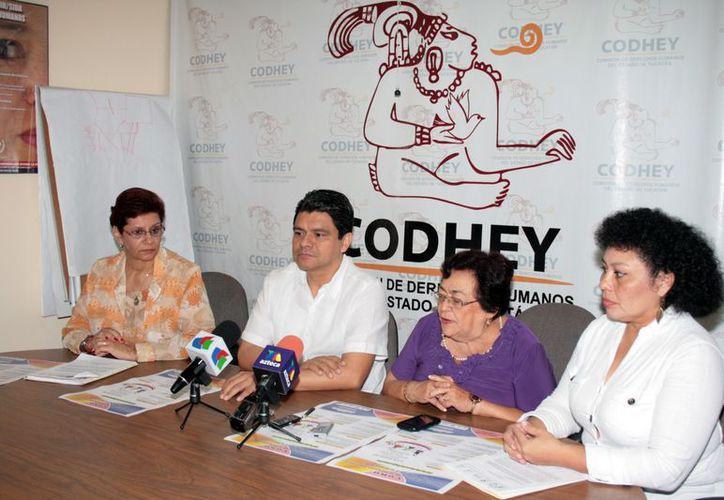 Comite de la Asociación Yucateca de Padres de Familia Pro-Deficiencia Mental. (Antonio Sánchez/SIPSE)