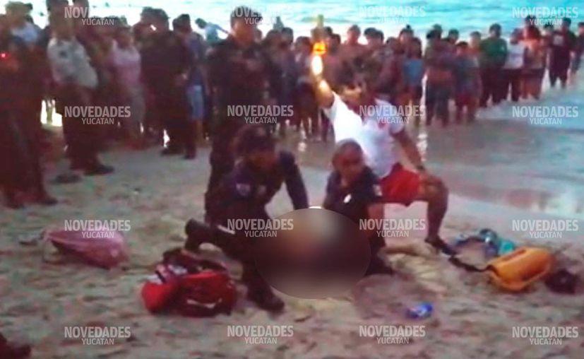 Los hechos ocurrieron poco antes de que cayera la tarde en el Malecón de Progreso. (Foto: Captura de pantalla)