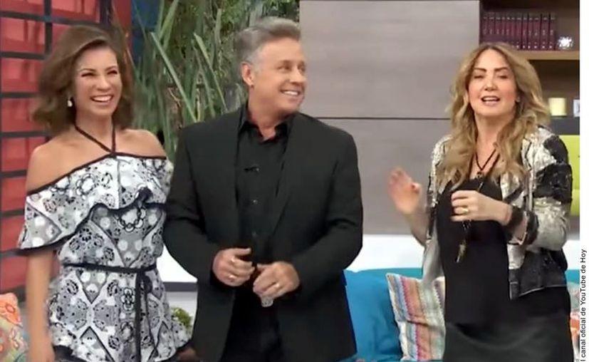 """La visita de Ingrid Coronado (izq.) al programa """"Hoy"""" en mayo pasado desató una ola de rumores sobre una posible incorporación a Televisa. (Agencia Reforma)"""
