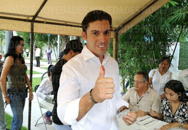 Vota el edil de Benito Juárez. (Stephani Blanco)
