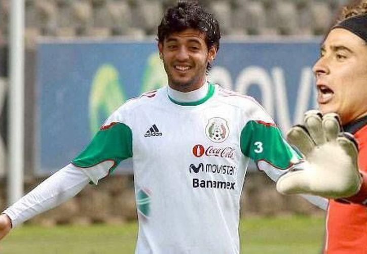 Vela (i) y Ochoa no podrán estar en los juegos contra Honduras y Estados Unidos, que podrían ser decisivos. (fut24siete.com)