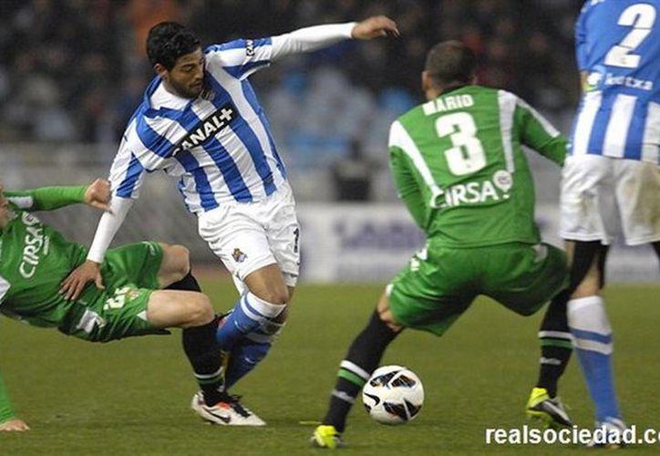 El desempeño de Carlos Vela, quien es el máximo goleador de la Real Sociedad, ha llamado la atención de los italianos. (realsociedad.com)