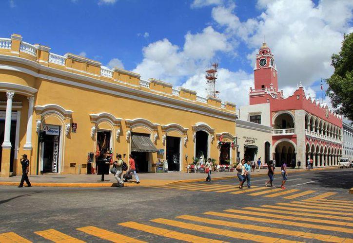 El corazón de Mérida volverá a verse 'vacío' de automóviles: las autoridades dispusieron el cierre de varias calles, por el evento 'Noche Cubana' del Ficmaya 2016. (Archivo/José Acosta)