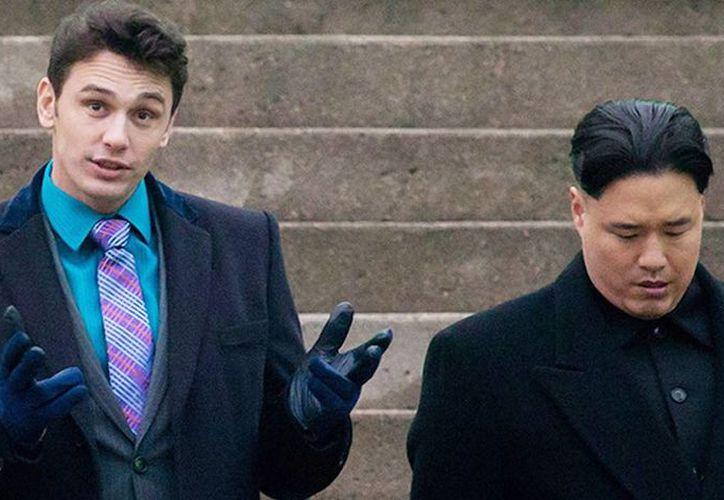 La cinta cuenta la historia de dos periodistas que logran concertar una entrevista con el líder de Corea del Norte, Kim Jong-Un, y la CIA aprovecha el encuentro para pedirles que asesinen al dictador. (Columbia Pictures)