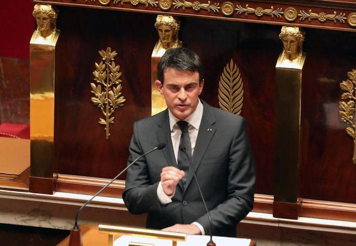 El primer ministro Manuel Valls pidió a los franceses no bajar la guardia debido a que 'persisten riesgos graves'. (Archivo/AP)