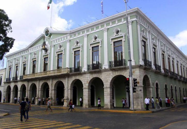 Después de las transferencias a los Poderes Legislativo y Judicial, organismos autónomos, el gasto del Ejecutivo fue de 17 mil 64 millones 293 mil pesos. (SIPSE)