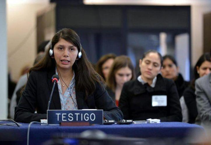 Italia Méndez relató los ataques durante la audiencia en Washington. (EFE)