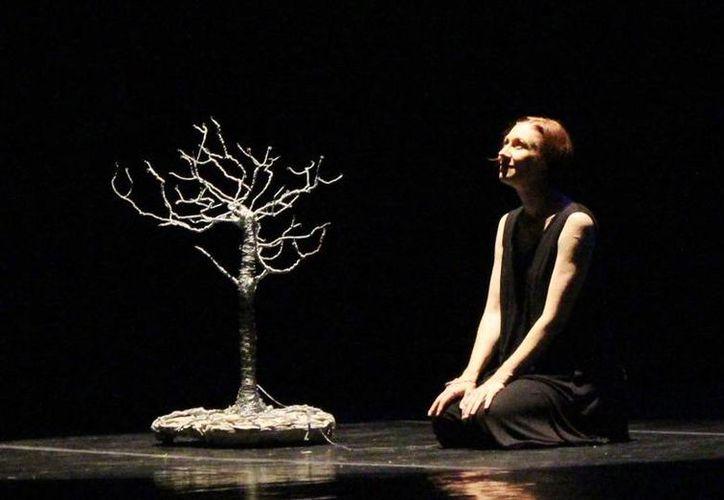 La bailarina y artista Tatiana Zugazagoitia. (Milenio Novedades)
