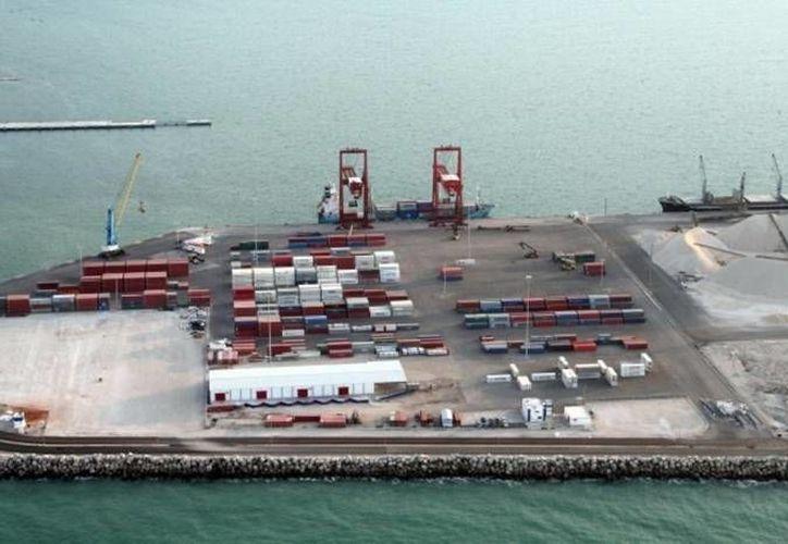 El puerto de altura de Progreso será la plataforma que impulsará a México como uno de los principales proveedores de la isla. (Archivo/SIPSE)