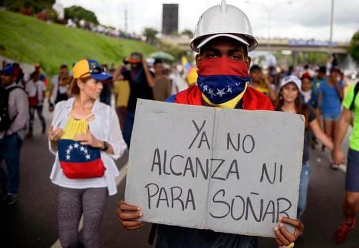 Los anticonceptivos en el mercado negro en Venezuela, cuestan alrededor de 10 millones de bolivares. (LaRepublica.pe)