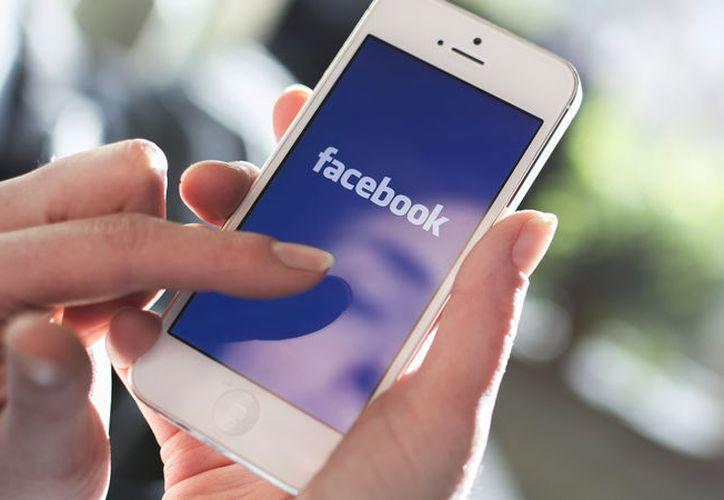 La función permitiría a editores crear un muro pago en los Artículos Instantáneos de Facebook. (Foto: Contexto/Internet)