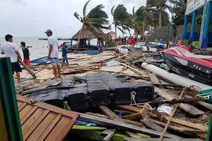 'Earl' deja estela de destrucción en Belice
