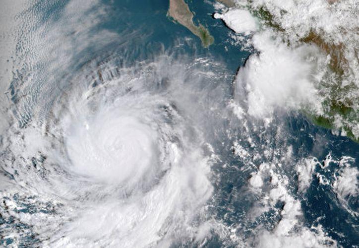 Así luce el ojo del huracán Rosa desde el satélite. (NOAA. / REUTERS)
