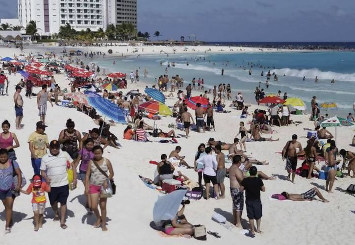 La principal afectación de esta creciente oferta, dijo, es la competencia que le generan a la hotelería del Caribe mexicano. (Archivo/ SIPSE)