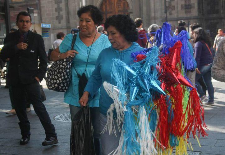 En México, el aguinaldo es un pago que los trabajadores reciben para sufragar los gastos propios de los festejos decembrinos. (Notimex)