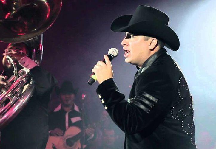 Julión Álvarez y su Norteño Banda fue el artista más escuchado en 2015 en México, según Spotify. (uroparty.net)