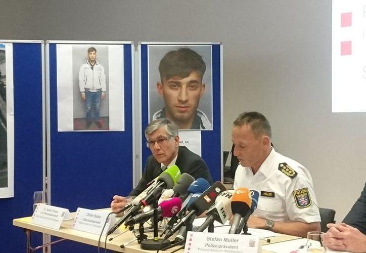 La policía identificó al responsable como Ali Bashar, de 20 años de edad. (Internet)
