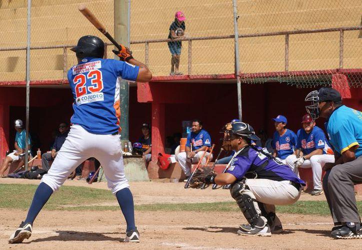 Ya están definidos los encuentros de la octava edición de la Liga Estatal de Béisbol Quintanarroense 'Carlos Joaquín González'. (Ángel Villegas/SIPSE)