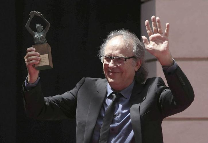 Joan Manuel Serrat obtuvo el Premio Iberoamericano de la Música Cortes de Cádiz. (EFE)