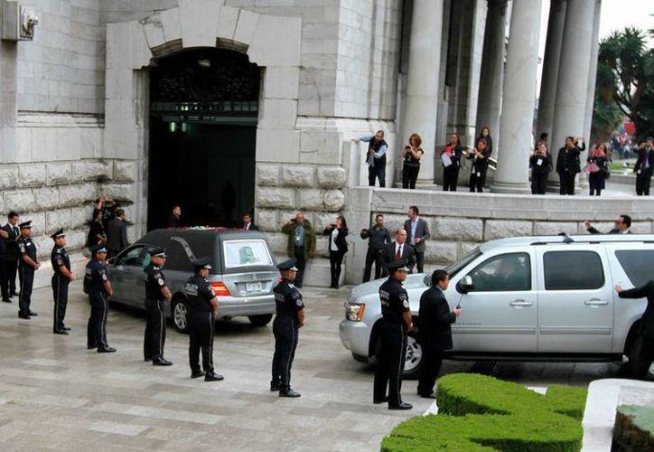 El Palacio de Bellas Artes está listo para que en minutos comience el homenaje al Divo de Juárez. (Notimex)