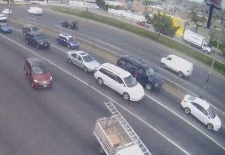 Cámaras de vigilancia captaron el momento del secuestro del diputado federal Gabriel Gómez Michel en Jalisco. (Milenio)