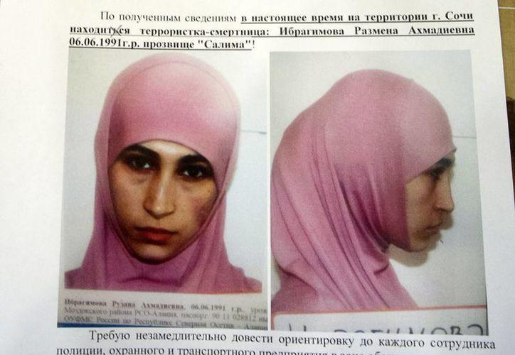 Retrato de Ruzanna Ibragimova, colocado en un hotel de Sochi, donde el 7 de febrero comenzarán las Olimpiadas de Invierno. (Agencias)
