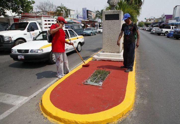 Se ha mejorado la apariencia de las guarniciones en algunas avenidas de la capital. (Redacción/SIPSE)
