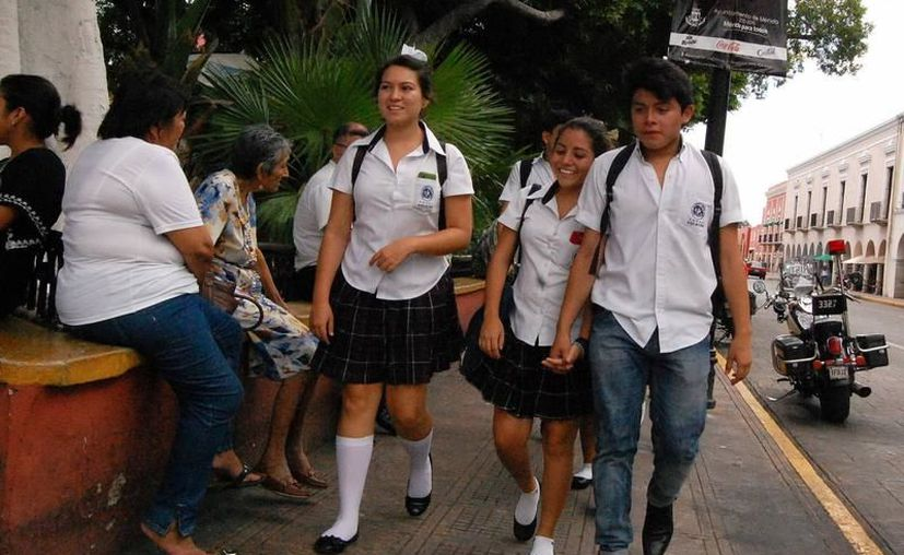 Los estudiantes de escuelas privadas pueden aspirar a una beca en su institución. (Milenio Novedades)