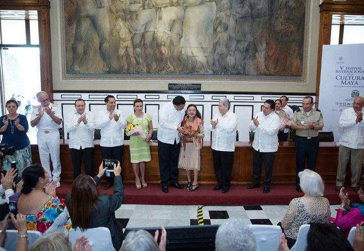 El Gobierno de Yucatán entregó sendos reconocimientos a 7 mujeres por sus aportaciones en diferentes ámbitos. (Milenio Novedades)