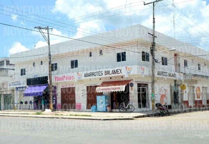 Uno de los edificios que compró durante la gestión municipal. (Redacción)