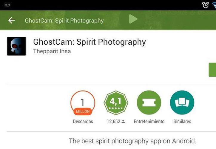 La aplicación 'GhostCam: Spirit Photography' permite crear fotografías con espíritus incluidos, ideal para hacer bromas. (Captura de Pantalla/Google Play)
