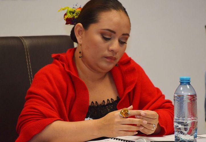 Perla Tun guardó silencio ante los señalamientos de falta de transparencia en su gobierno. (Gustavo Villegas/SIPSE)