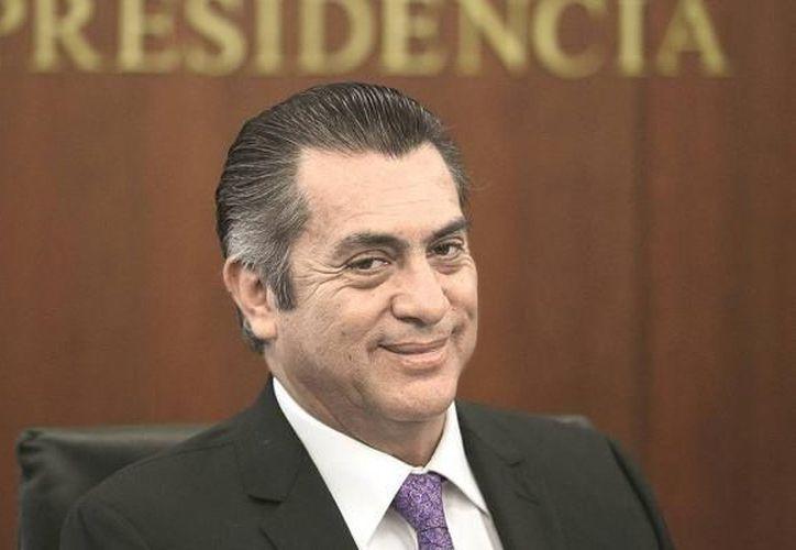 El INE informó que Jaime Rodríguez superó el apoyo para su registro, pero no ha conseguido al menos 1% de la lista nominal en 17 estados. (Foto: Contexto/Internet).