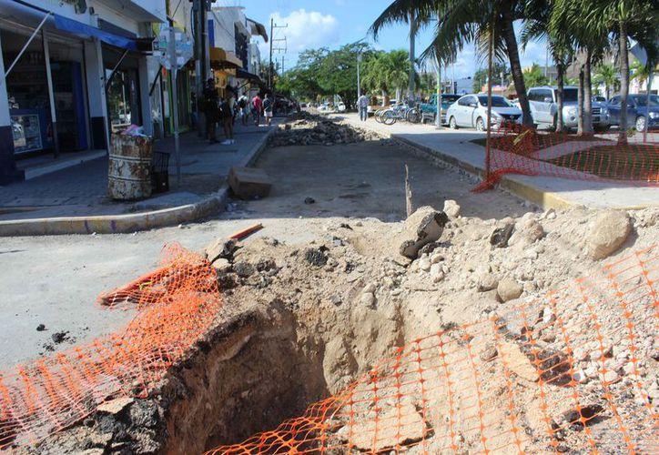 Ejecutan obras de drenaje entre las avenidas Osiris y Satélite. (Sara Cauich/SIPSE)