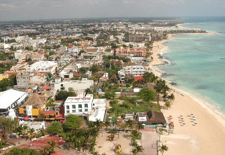 Hasta el próximo año se concretaría la ruta del ferry-crucero Tampa-Calica en Solidaridad. (Yenny Gaona/SIPSE)