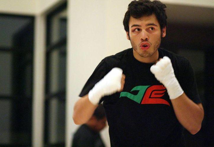 Julio César Chávez Jr. tendrá una nueva oportunidad por un título del Consejo Mundial de Boxeo el próximo 30 de abril en Las Vegas. (Imagen tomada de referee.mx)