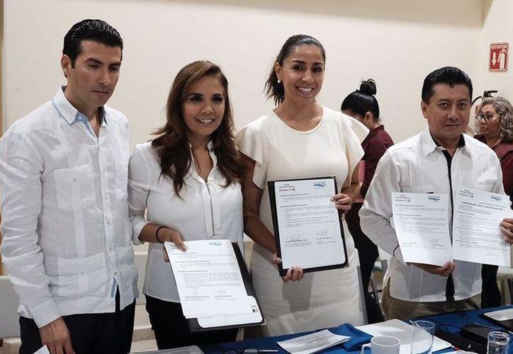 Marybel Villegas Canché se reunió ayer con al menos 30 integrantes del grupo Asociados Náuticos de Quintana Roo (ANQR). (SIPSE)