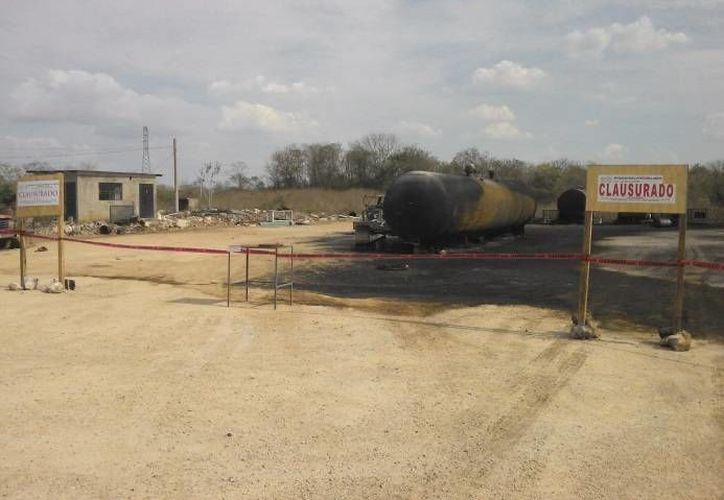 Además de la denuncia, la Profepa clausura la recicladora de aceite ubicada en la carretera Umán-Poxilá. (SIPSE)
