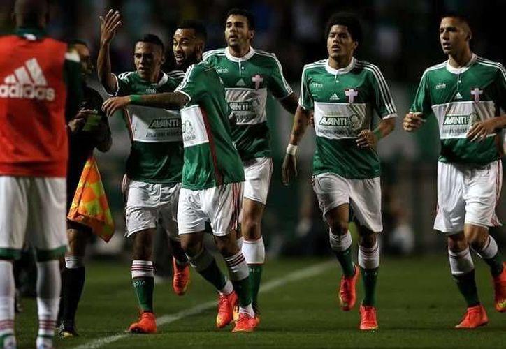 El Palmeiras trata de recuperarse luego de una serie de malos resultados que llevaron a la destitución de su técnico. (goal.com)
